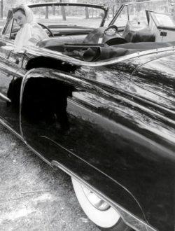 automobile noire décapotable