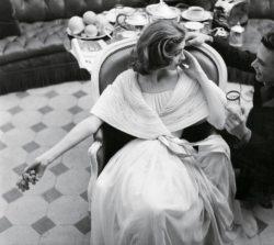 mannequin portant une robe de Givenchy
