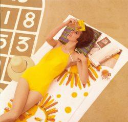 maillot de bain jaune poussin, agatha Christie